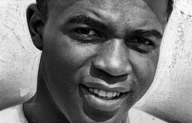 Jackie Robinson: Breaking ML Baseball's Color Barrier